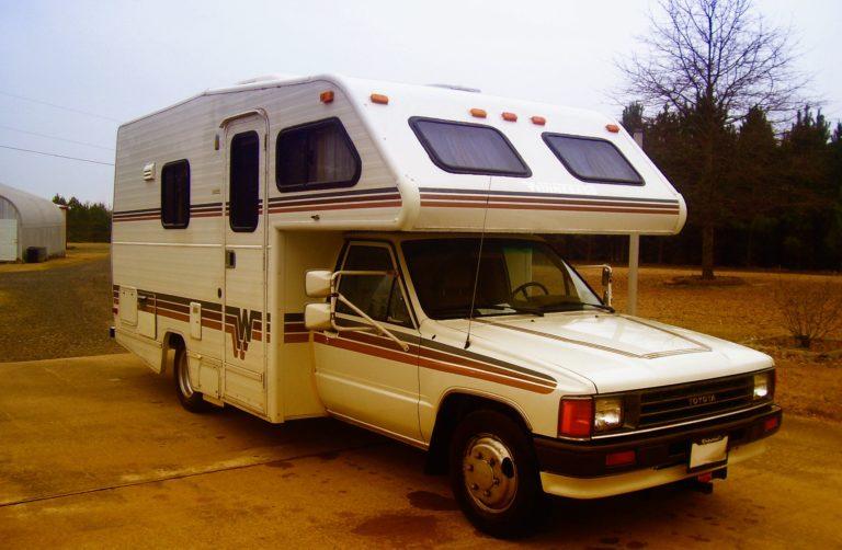 Toyota Camper
