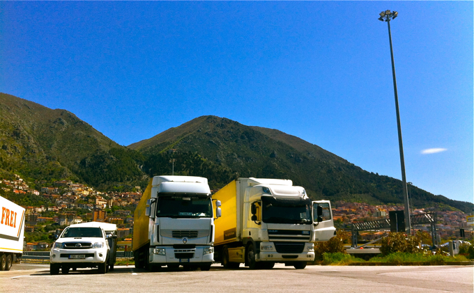truck parking and us