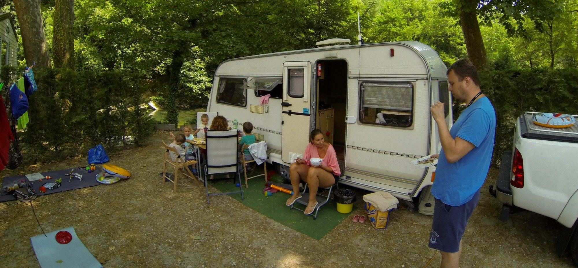 A dinner in afrench campsite