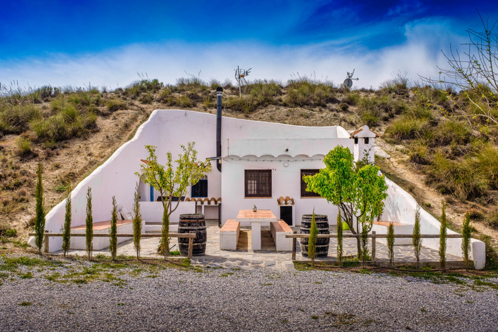 Cuevas Andalucia Camping - Cave Accommodation