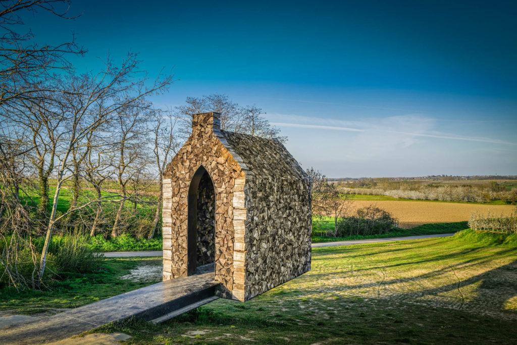 Hells Heaven: de zwevende kapel