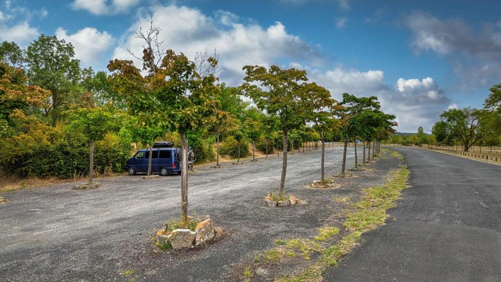 Parking Autocaravanas Parque Provincial de Garaio